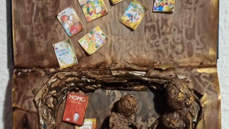 Libro alterado «Va de cuentos»